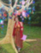 fh_fem_sacré_arbre.jpg