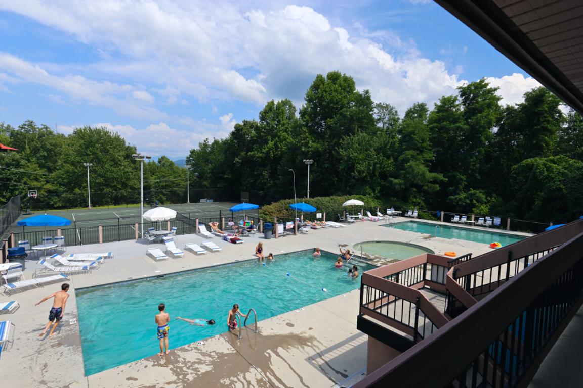 Chalet village community pool (2)