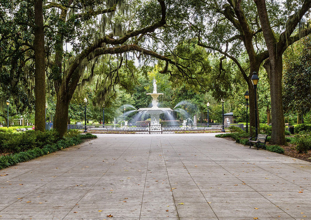 The iconic fountain at Forsyth Park