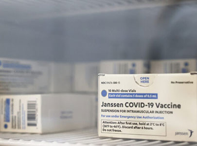4th US Site Pauses COVID-19 Vaccinations After Adverse Reactions