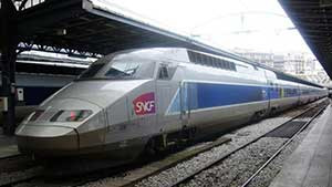 Tyrannical Contagion: France Eyes Banning Anti-Vaxxers From Public Transportation