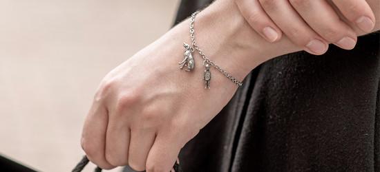 19_stainless_figurine_kid_dog_bracelet_0