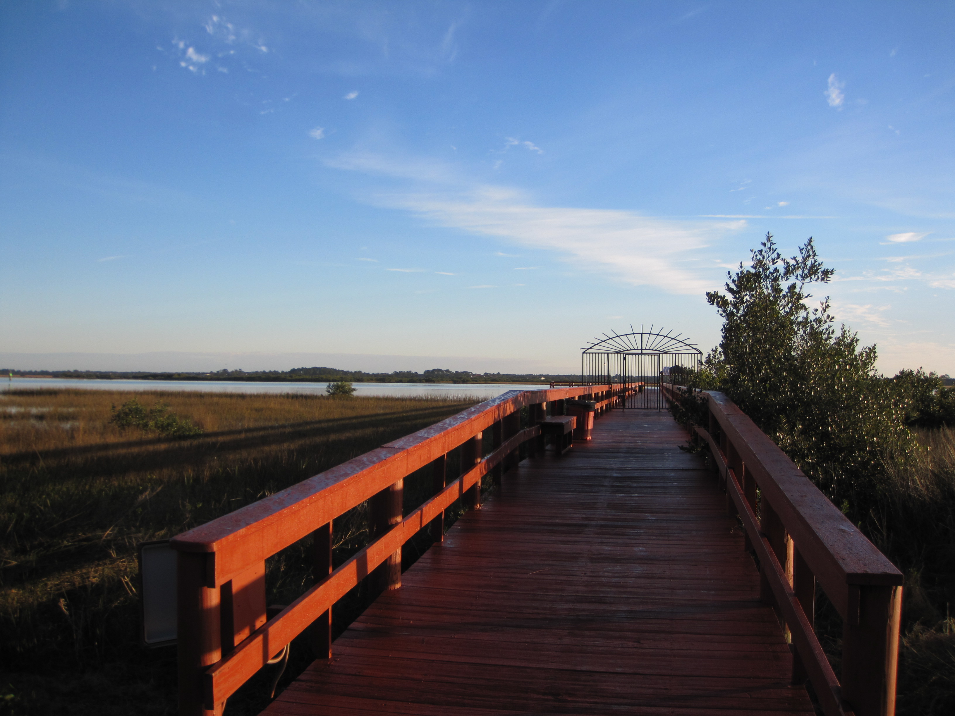 Riverview Club Fishing Pier