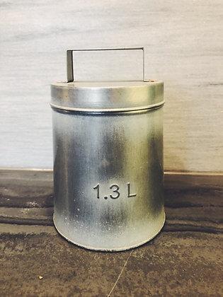 Metal storage pot