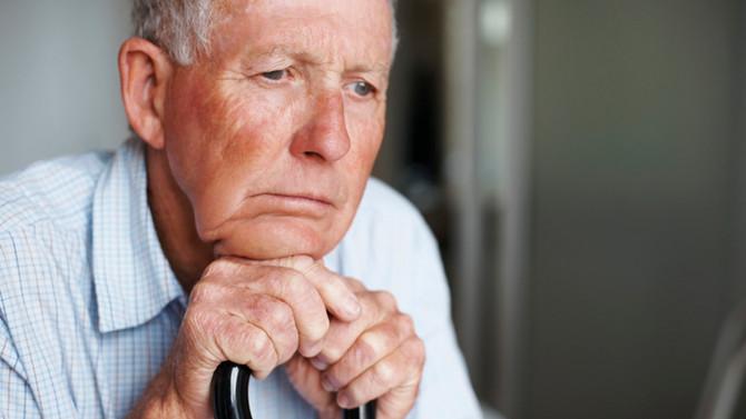 Tratando a Perda Auditiva pode Diminuir a Demência