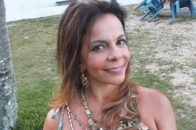 Sula Miranda revela estar perdendo a audição