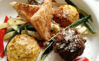Lamb meatballs with Pasta Bites