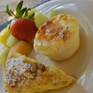 French Toast Wedge with Baked Egg Breakfast