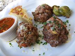 Spaghetti and Meatballs Bites with Marinara