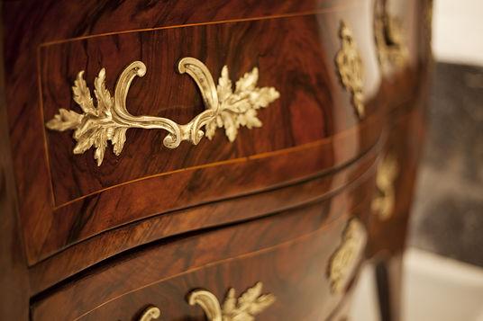 antique dresser restoration services.jpe