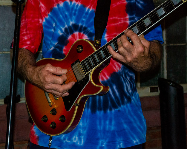 Kerrville band guitar player.jpg