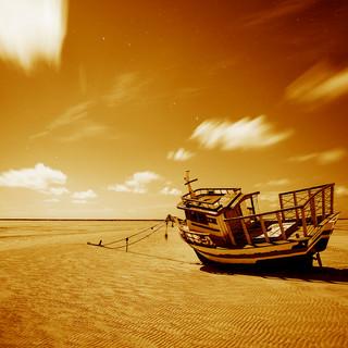 Barco em Carneiros