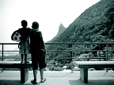 Crianças no Dona Marta | RJ