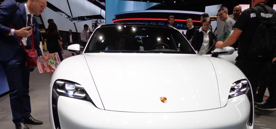 Porsche (1).JPG