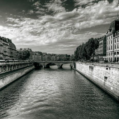 """Obra """"Paris I Sena"""", 2011"""