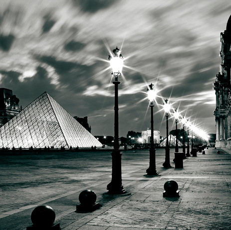 "Obra ""Paris I Louvre Noturna"", 2012"