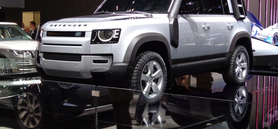 Land Rover (1).JPG