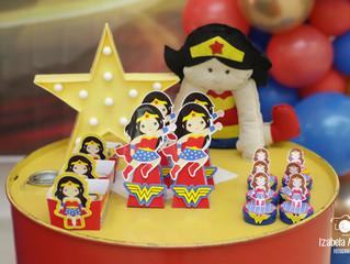 Decoração de festa infantil: Mulher Maravilha