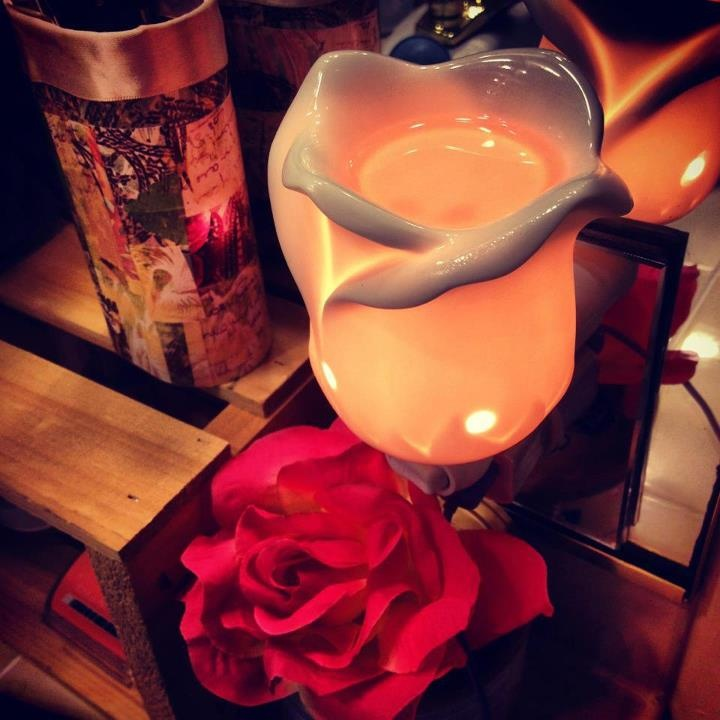 Tea Rose Mini Warmer