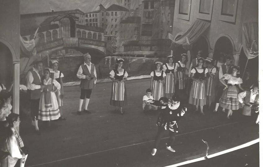 La Dogaresa 1966 at centro.jpg