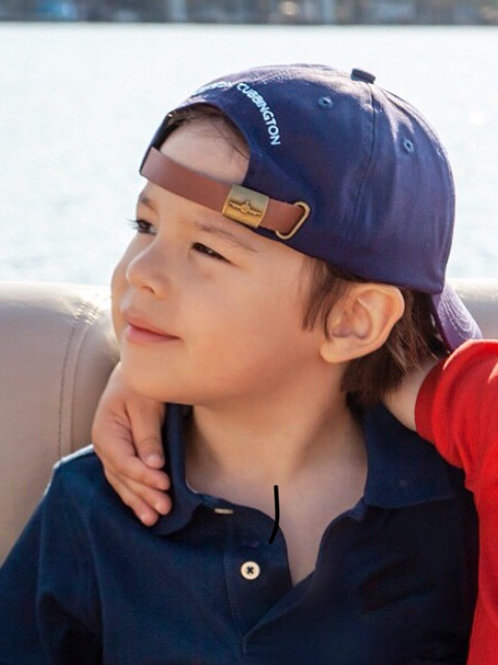 The Perfect Hat, Navy