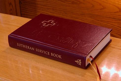 lutheran service book.jpg