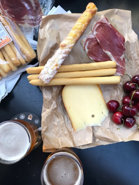 off main brewing | craft beer in barcelona and dublin | lunch at the growler