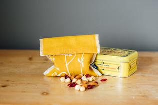 HELEN ROUND Linen Snack Bag Mustard Hedg