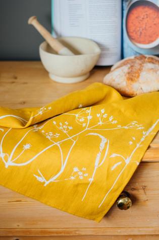 HELEN ROUND Linen Tea Towel Mustard