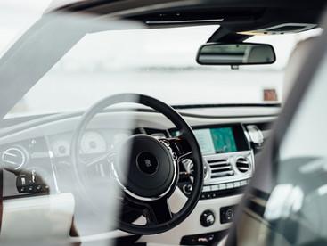 זרקור // שינויים בענף הרכב לכיוון רכבים חשמליים ואוטונומיים