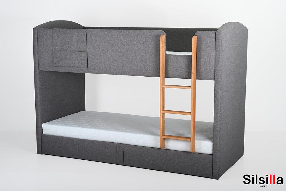 Kinderbett 1.jpg