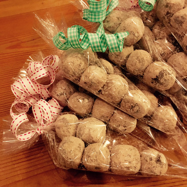 easy-to-make truffle party favors
