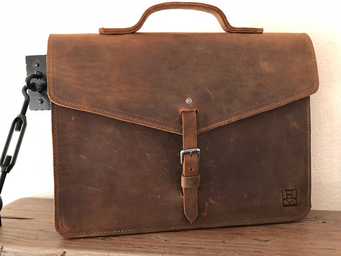 Explorer Briefcase - Walnut Oiled