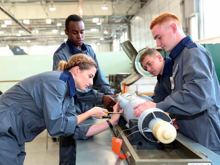 Engineering Tutors - Hull - £28,672 - £30,000