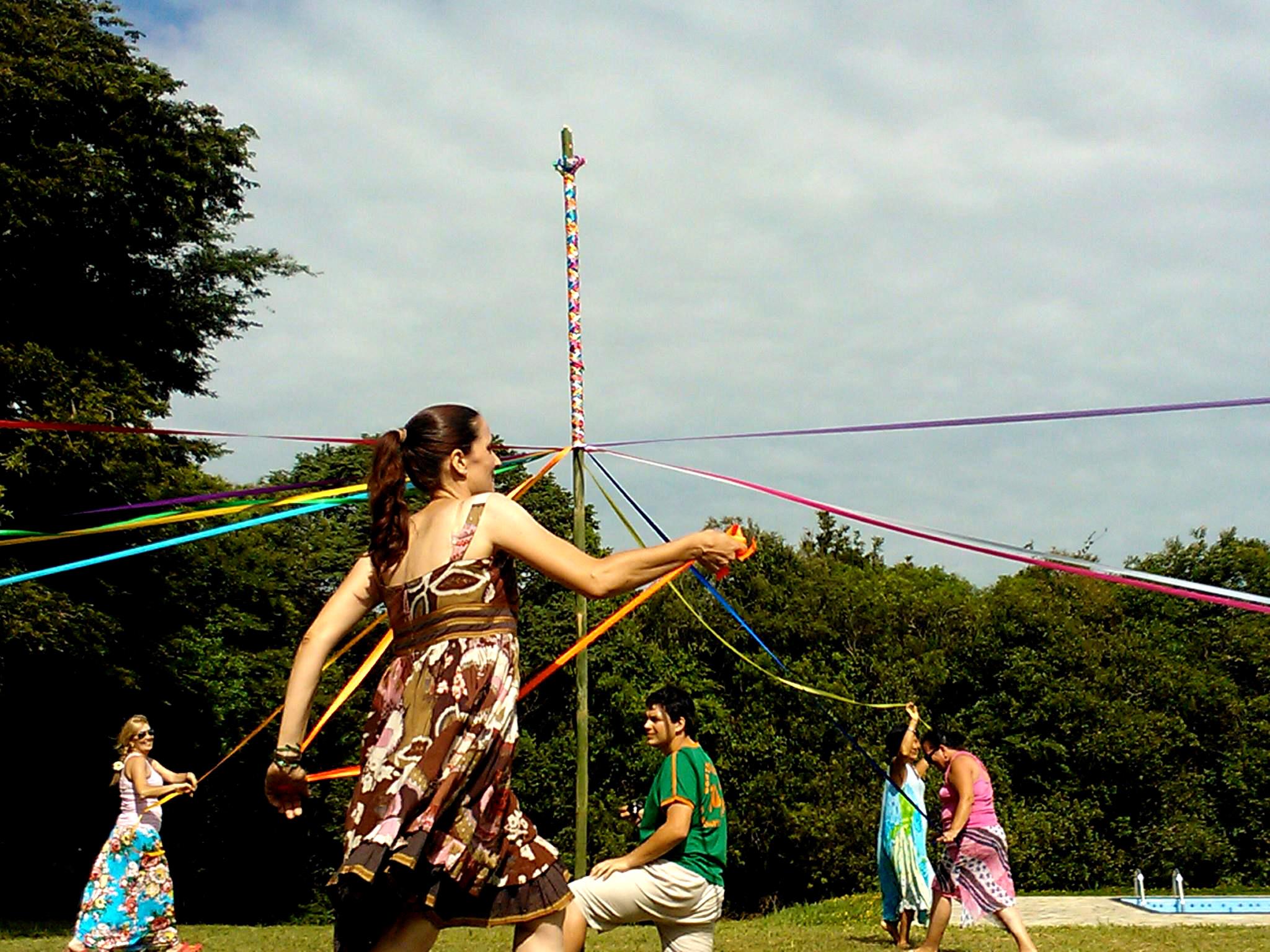 Dança do Mastro de Fitas