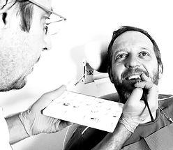 protezy zębowe stałe
