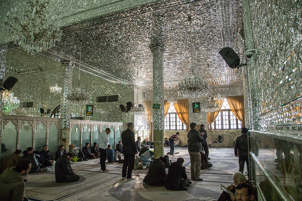 People praying at Imamzadeh Saleh, Shemiran