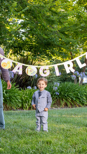 Family Maternity Photoshoot at Holbrook Palmer Park in Atherton