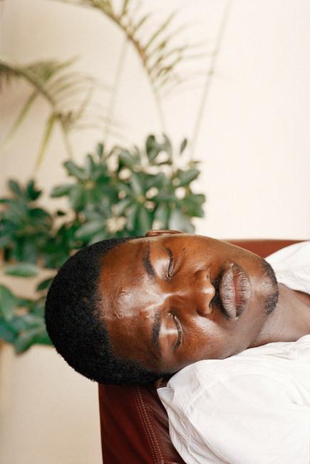 ManSleeping_Cameroon2002 copie.jpg