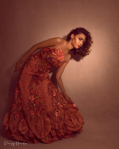 dipika-peach-gown-2.jpg
