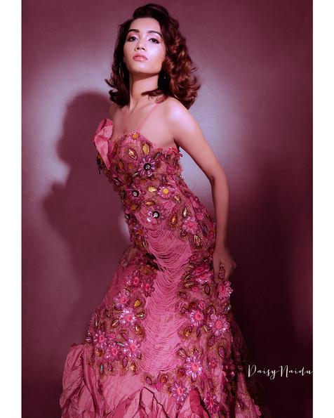 dipika-peach-gown-1.jpg