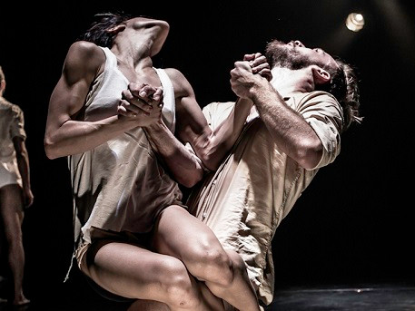 Horses in the Sky ‒ Kibbutz Dance Company ‒ World Premiere