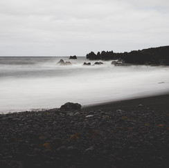 Lanzarote schwarzer Strand.jpg