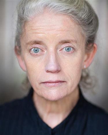 Sue Maund Headshot