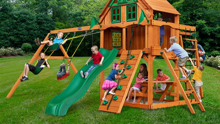 Horizon w/ Monkey Bars w/ Fort Add-On $2,299