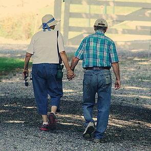 adults-cap-couple-906111.jpg