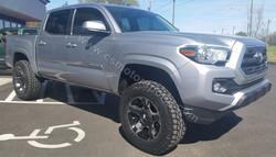 2016 Toyota Tacoma (913)
