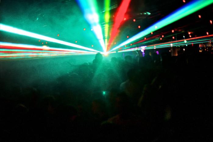 Eerste werk: Discotheken & Clubs