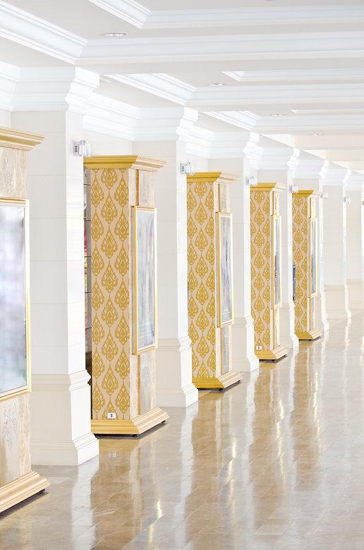 Row of columns,Thai style pillar.jpg