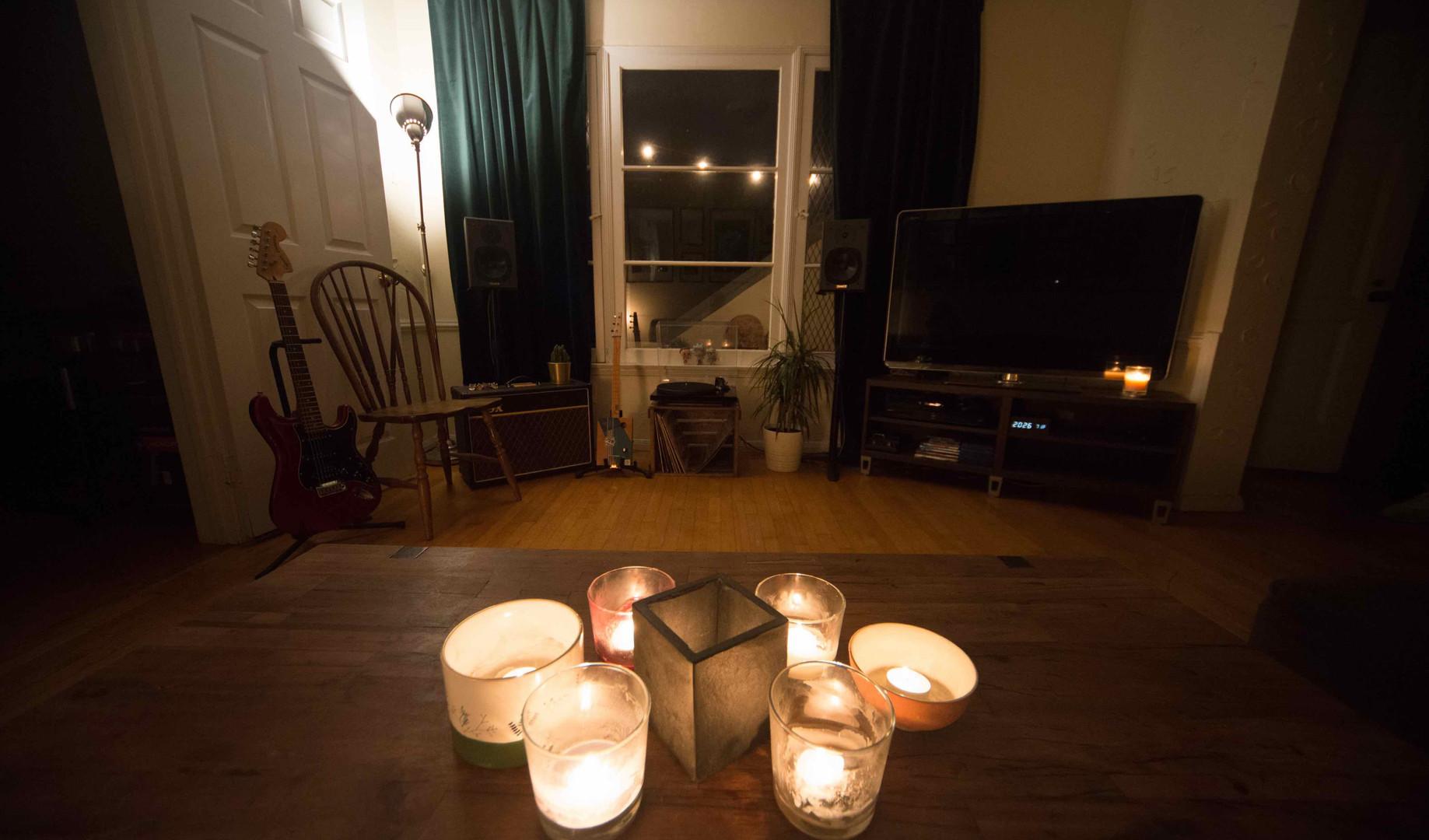 lounge 1 s1.jpg